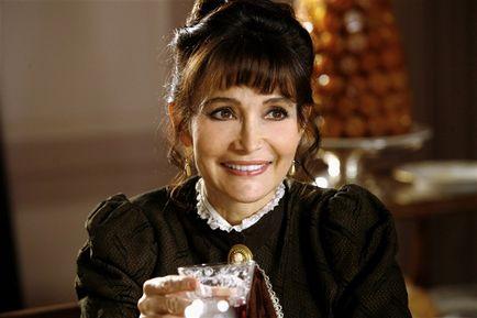 Evelyne Bouix dans le rôle de Madame de Méroul